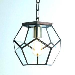 svetilnik-v-pozolochennom-abazhure