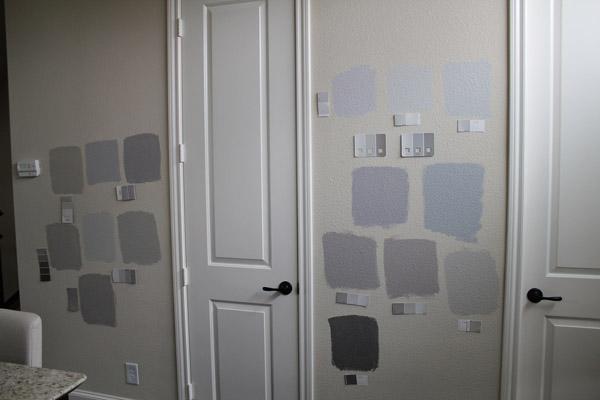серый цвет на стене кухни выкраски