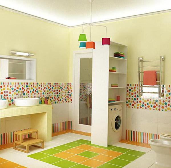 яркая детская ванная