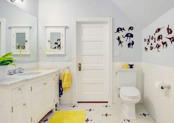 ванная с двумя раковинами