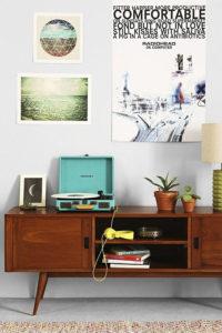 мебель в стиле ретро с декором