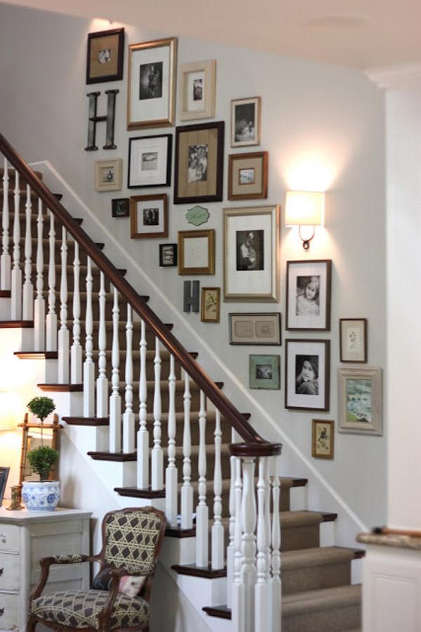 готовая композиция на лестнице