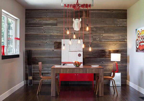 панели из дерева на стене в столовой