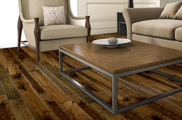 деревянный пол из досок разной ширины