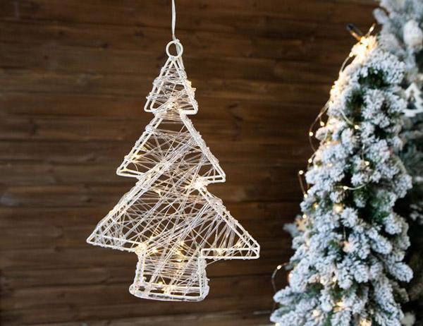 светильник в виде елки