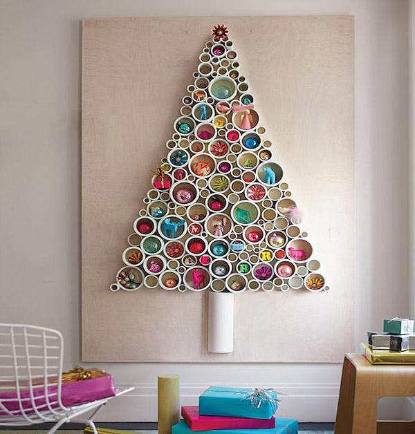 новогодняя елка из пластиковых труб